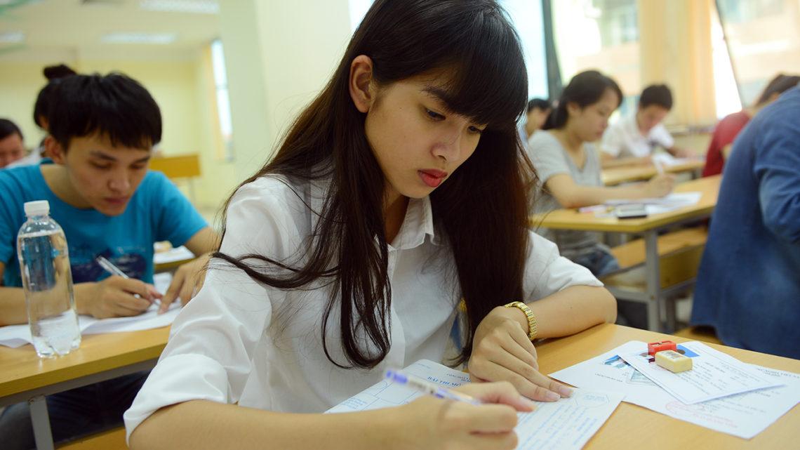 """""""Bí kíp"""" đạt điểm cao môn Tiếng Anh trong kỳ thi THPT 2018"""