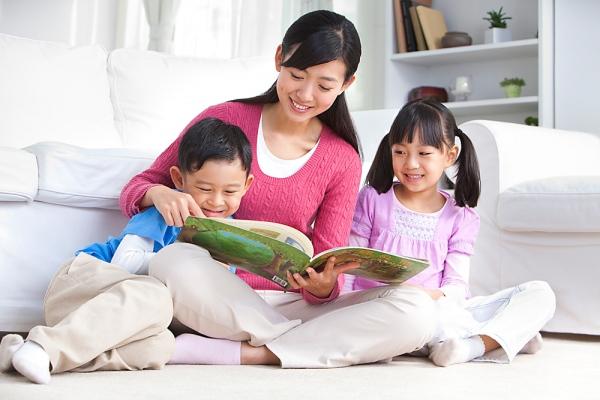 Đọc thơ cho con mỗi ngày để kích thích não con thông minh hơn