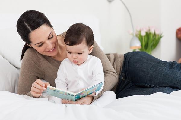 Đọc truyện cho trẻ mầm non giúp phát hiện sớm sở thích của bé