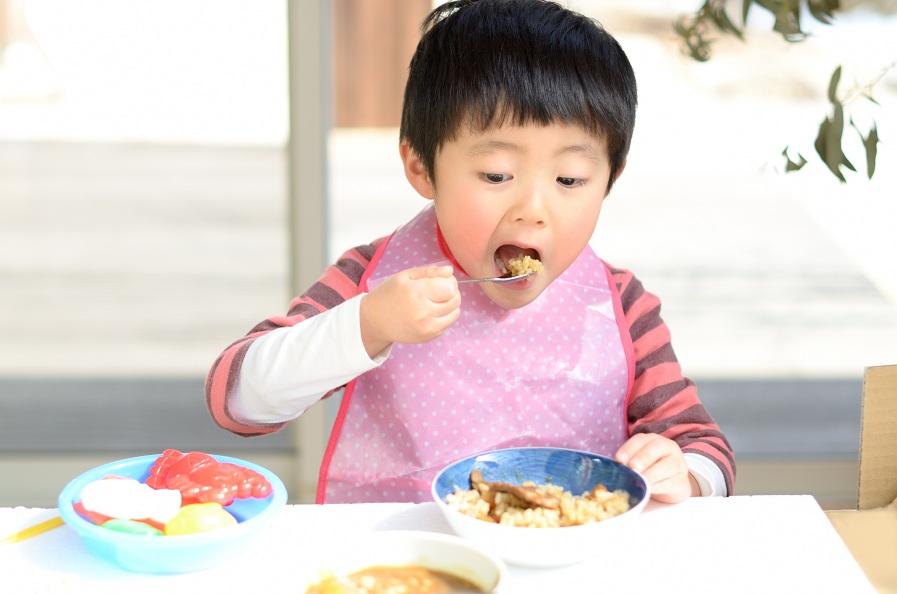 Thực đơn cho bé 4 tuổi tăng cân