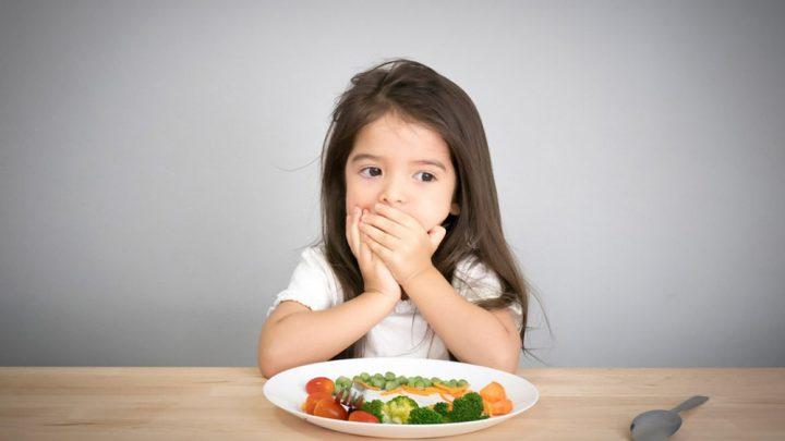 Mách bạn chuẩn bị thực đơn cho bé 3 tuổi để không biếng ăn và cao lớn