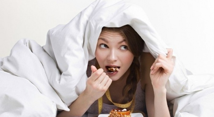 Giải tỏa cơn đói lúc nửa đêm vào mùa đông mà không lo tăng cân