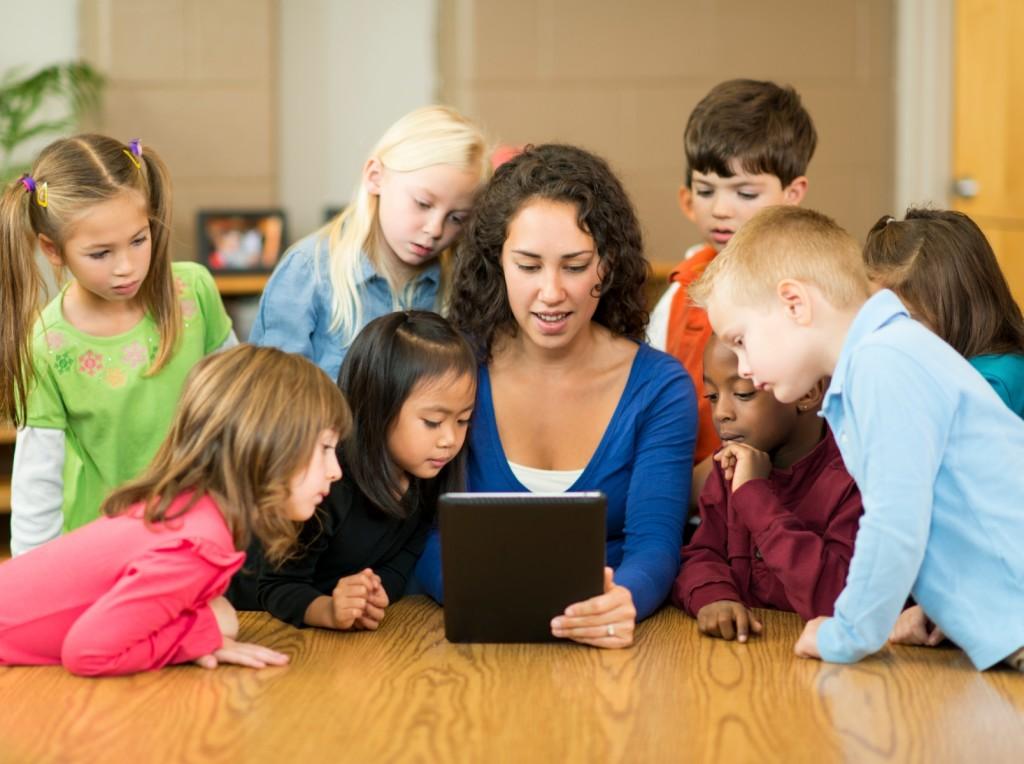 Ứng dụng công nghệ thông tin trong giáo dục mầm non