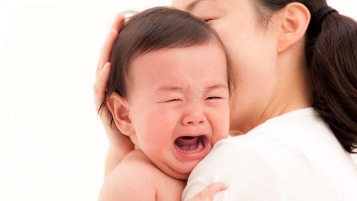 Hướng dẫn cách hạ sốt cho bé mọc răng chuẩn nha khoa