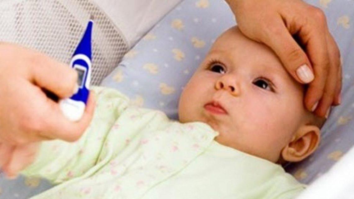 Cách hạ sốt nhanh cho trẻ sơ sinh tại nhà nhanh chóng
